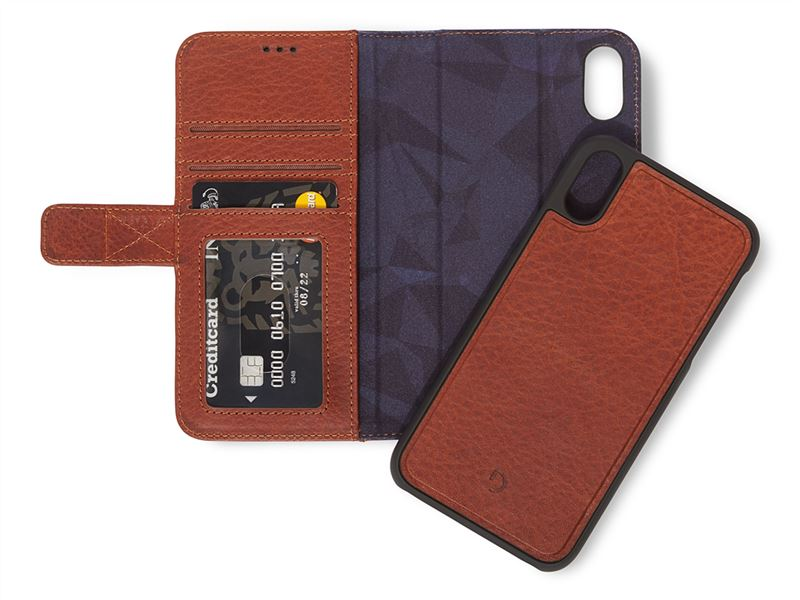 Decoded Leather 2in1 Wallet, brown - iPhone XR